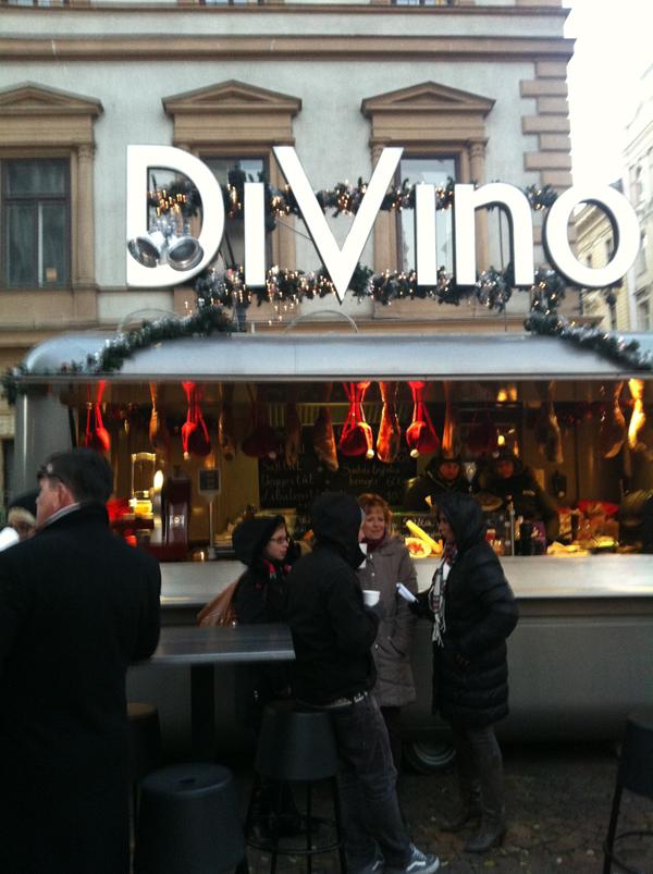 DiVino stand forralt borral