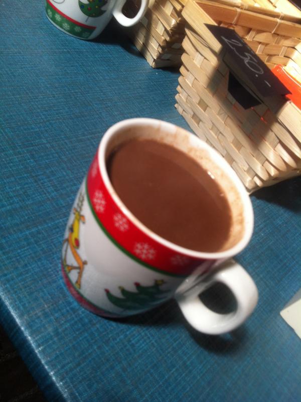 Forró csoki ajándék bögrével